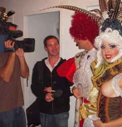 french interview cabaret tour