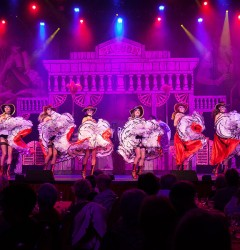 cabaret french cancan on tour