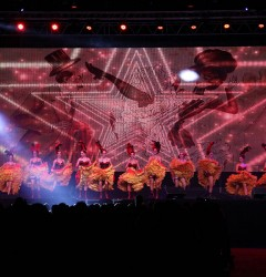 tour french cancan cabaret show